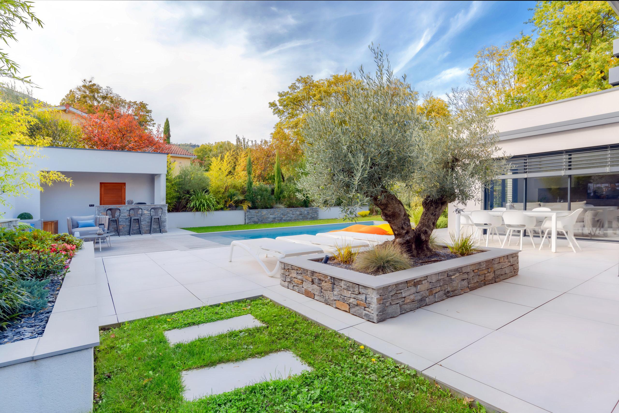 jardin-exterieur-contruction-Lyon